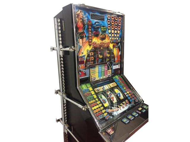 Herraje universal para máquinas recreativas o tragaperras (1)